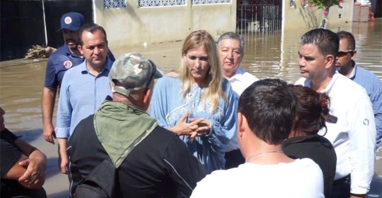 Recorre Alcaldesa Maki Ortiz zonas afectadas por la